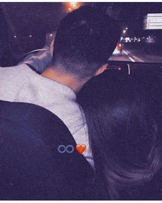 Cute Couple Selfies, Cute Couple Images, Cute Couple Poses, Couple Photoshoot Poses, Cute Love Couple, Cute Couple Videos, Couples Images, Cute Couples Goals, Cute Relationship Texts