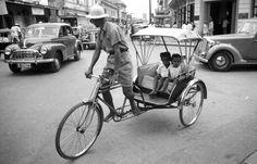 """Charoen Krung Road, Surawong Junction, Bangkok Thailand  """"สามล้อถีบ (Sam Lor) ถนนเจริญกรุง แยกสุรวงศ์ Charoen Krung Road,"""
