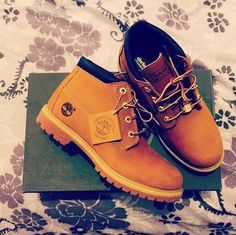Get festival ready in these Earthkeepers Nellie Chukka Dou Timberland boots c/o @letseatbrains96