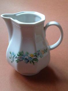 tazze con fiore