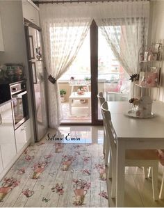 Cozy Kitchen, Shabby Chic Kitchen, Kitchen Decor, Shabby Chic Painting, Shabby Chic Wall Decor, Small Modern Kitchens, Pastel Kitchen, Glam Room, Hallway Decorating