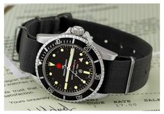 Vintage 1972 British Military Rolex Submariner (Ref. Sport Watches, Cool Watches, Watches For Men, Vintage Military Watches, Vintage Watches, Rolex Watches, Rolex Submariner 5513, Rolex Tudor, Men Fashion