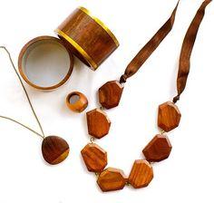 Wooden jewellery for women