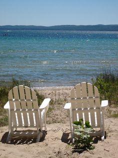 Big Lake living  Comes close to the beach...