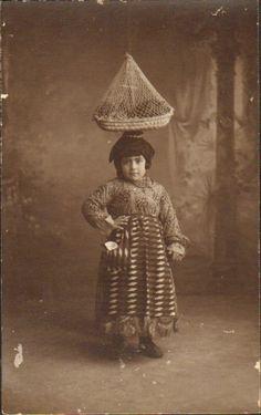 PORTUGAL GIRL  FOLK COSTUME HEAD BASKET 1900s
