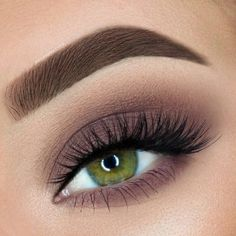 56 Stylish Smokey Eye Make-up Seems for Learners 2019 Smoky eye makeups; simple smokey make-up; pure smokey make-up appears; darkish smokey make-up appears; glitter make-up appears Glitter Makeup Looks, Smokey Eye Makeup Look, Mauve Makeup, Makeup Looks For Green Eyes, Purple Smokey Eye, Easy Smokey Eye, Easy Makeup Looks, Natural Smokey Eye, Eye Makeup For Hazel Eyes
