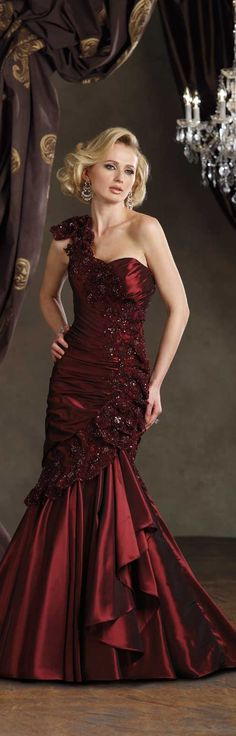 Evening gown, couture, evening dresses, formal and elegant Ivonne D haute couture/ collection 2014 ~ red