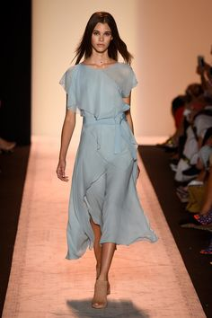 You Won't Be Able to Wait For Spring to Shop BCBG — and You Don't Have To: In the age of social media's instant gratification, BCBC Max Azria's Spring 2015 runway show truly speaks to our time.