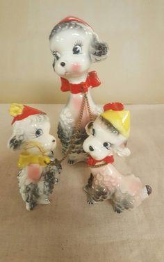 Vtg PINK & BLACK  SPAGHETTI POODLE DOGS Ceramic Figurines Chains Japan