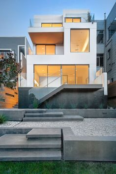 'Cube House' by Edmonds + Lee Architects
