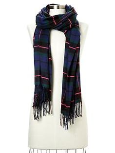 Cozy classic plaid scarf | Gap...love it! Got one for Xmas & it's soooo soft!