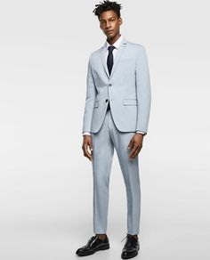 10 Seriously Stylish Summer Suits from the High Street Costumes Bleus, Sky Blue Suit, Blazer Suit, Suit Jacket, Online Zara, Summer Suits, Groom Style, Groom And Groomsmen, Formal Wear