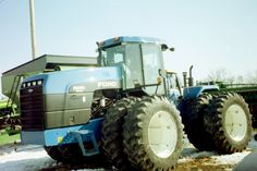 250hp New Holland 9280 from 2/2004