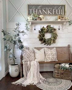 fall home decor Farmhouse fall foyer decor. Get inspired to makeover the entryway of your home and add a charming fall style. Fall Home Decor, Autumn Home, Farmhouse Design, Farmhouse Decor, Modern Farmhouse, Farmhouse Ideas, Farmhouse Furniture, White Farmhouse, Farmhouse Interior