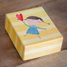 Κουτάκι βάπτισης MyMastoras βγαλμένο από παραμύθι . . .  #mymastoras  #fairytale #luxury_box #babyshower #christening #boboniera Boxes, Crates, Box, Cases, Boxing