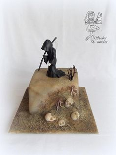 The Grim Reaper/The death - cake by Sladká závislost Creepy Halloween Food, Halloween Sweets, Halloween Cakes, Halloween Projects, Beautiful Cakes, Amazing Cakes, Pasteles Halloween, Grim Reaper Halloween, Scary Stuff