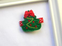 Christmas Hair Clip - Christmas Tree Clippie by AvaBowtiquee on Etsy https://www.etsy.com/listing/165222056/christmas-hair-clip-christmas-tree