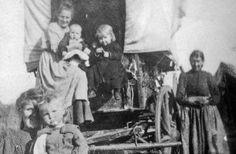 pioneer women, courtesy of Arizona Historical Society