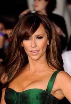 Last Night's Look - Jennifer Love Hewitt Finally Takes a Break from Hervé Léger and Stuns in Green Haynes Green Balayage Ombré, Face Shapes, Hair Dos, Pretty Hairstyles, New Hair, Brown Hair, Hair Inspiration, Makeup Looks, Hair Makeup
