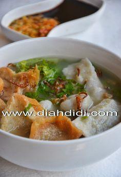 Diah Didi's Kitchen: Resep Cuanki ( Siomay Kuah Khas Bandung ) Asian Recipes, Beef Recipes, Cooking Recipes, Healthy Recipes, Ethnic Recipes, Punch Recipes, Rice Recipes, Dessert Recipes, Diah Didi Kitchen