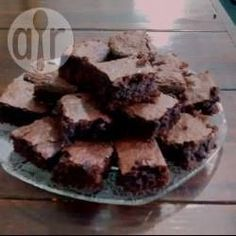 Foto da receita: Brownie de chocolate simples                                                                                                                                                                                 Mais