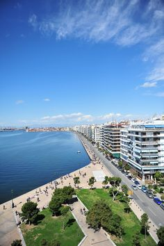 TRAVEL'IN GREECE I #Thessaloniki seafront, #travelingreece