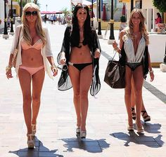Marbella/ Vegas pool party