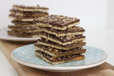 Chocolate Cracker Toffee��sweet and salty�..YUM!