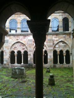 Iglesia rupestre de Campo de Ebro, Valderredible. Cantabria.