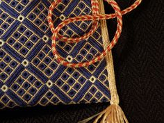 Taschen - blog @ medieval purse recreation