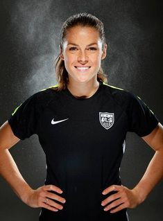 Kelley O'Hara, Sports Illustrated World Cup Teams, Women's World Cup, Soccer Boots, Super Sport, Team Usa, Sports Illustrated, Female Athletes, Sport Girl, Cheerleading