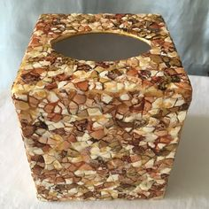Tissue Box Holder, Tissue Boxes, Tile Art, Tiles, Egg Shell Art, Mosaic Diy, Shell Crafts, Egg Shells, Project Ideas