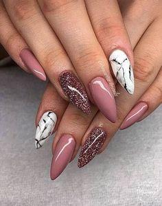 Marble and mauve stiletto nails. Marble and mauve stiletto nails. Mauve Nails, Gold Glitter Nails, Cute Acrylic Nails, Pink Nails, Black Nails, Color Nails, Red Nail, Stylish Nails, Trendy Nails