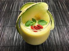"97 To se mi líbí, 2 komentářů – @masaesolt na Instagramu: ""Good morning!  Green smoothie this morning !! 1 melon 1/2 avocado 2 kawachi- bankan pomelo  topped…"" Smoothie, Avocado, Ethnic Recipes, Green, Instagram Posts, Food, Lawyer, Essen, Smoothies"