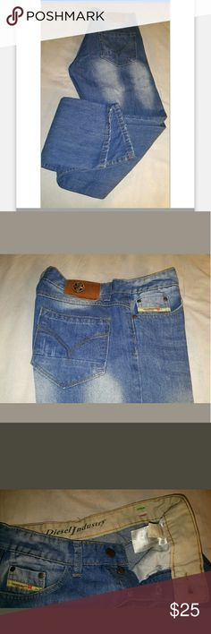 """Diesel Jeans in great condition Nice Diesel jeans in excellent condition, white fading and whiskering throughout the jeans. Sz 32x30  Note: this jeans have a small red written on the inside tag.  Measurements are approximate, lying flat not stretch.     Across waist 14 .5""""    Rise 10 """"    Inseam 30""""    Leg Opening 7 Diesel Jeans"""