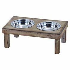Can't decide if my pup's pendulous ears will inevitably fall in the water dish. Perhaps I'll have to bite the bullet and purchase a (not so attractive) Spaniel bowl :(