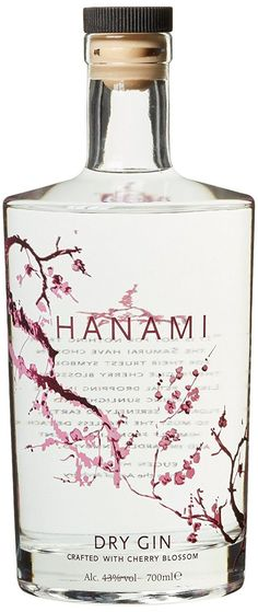 Hanami Dry Gin x l) - simple black and clear. Rum Bottle, Alcohol Bottles, Liquor Bottles, Gin Brands, Gin Tasting, Gin Recipes, Gin Lovers, Dry Gin, Bottle Packaging
