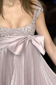 Elie Saab Couture Details, Spring 2007 - Elie Saab's Most Beautiful Runway Details of the Decade - Photos Cheap Prom Dresses Uk, Cute Dresses, Beautiful Dresses, Elegant Dresses, Prom Dress 2013, Dresses 2013, Elie Saab Couture, Couture Details, Fashion Details