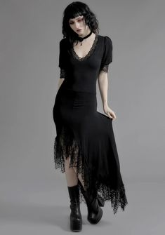Gothic Outfits, Edgy Outfits, Mode Outfits, Organza Dress, Satin Dresses, Alternative Outfits, Alternative Fashion, Romantic Goth, Goth Dress