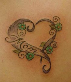 If you are looking for getting a mom tattoos, check out the top 9 cool mom tattoo designs for you. Tattoos Bein, Dad Tattoos, Neue Tattoos, Family Tattoos, Sister Tattoos, Body Art Tattoos, Memory Tattoos, Tattoos To Honor Mom, Tatoos