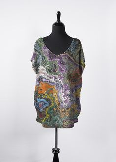 A beautiful and unique essential top that is perfect for your collection! Shop artistic essential top's created by designers all around the world. Vida Design, Night Looks, Blue Brown, V Neck Tops, Tie Dye, Cold Shoulder Dress, Essentials, Skinny Jeans, Leggings