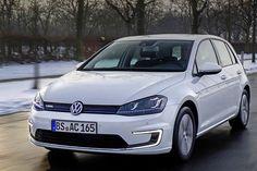 Volkswagen e-Golf, ecco l'elettrica, prezzo da 37.000 euro - Autonomia di 190 km, VIDEO e foto #volkswagen http://www.auto.it/2014/03/11/volkswagen-e-golf-ecco-lelettrica-prezzo-da-37-000-euro/19828/