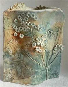 Latest Free Slab pottery carving Thoughts Ceramics by Elaine Hind – Hand Built Pottery, Slab Pottery, Pottery Vase, Ceramic Pottery, Keramik Design, Pottery Handbuilding, Pottery Classes, Pottery Sculpture, Pottery Designs