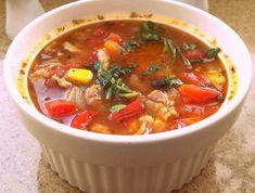 Syte, treściwe danie  idealne na chłodne dni. Thai Red Curry, Chili, Ethnic Recipes, Food, Chili Powder, Chilis, Essen, Chile, Yemek