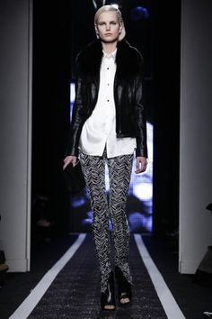 Maxime Simoens Ready To Wear Fall Winter 2014 Paris - NOWFASHION