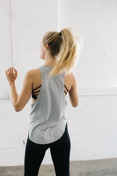Trendy Fitness Outfits : Womens Activewear & Gym Wear Workout Clothes for Women Athletic Outfits, Athletic Wear, Sport Outfits, Lazy Outfits, School Outfits, Stylish Outfits, Sport Fitness, Moda Fitness, Fitness Tanks