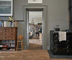 black oven range - photo matt lincoln