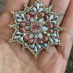 Bead Embroidery Patterns, Embroidery Jewelry, Beading Patterns, Free Beading Tutorials, Bead Embroidery Tutorial, Bead Jewellery, Beaded Jewelry, Handmade Jewelry, Beaded Bracelets