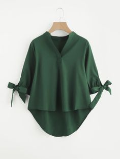 SheIn offers Tie Cuff Dip Hem Blouse & more to fit your fashionable needs. Cute Summer Shirts, Summer Tops, Hijab Fashion, Fashion Dresses, Hijab Stile, Bow Blouse, Collar Blouse, Asymmetrical Tops, Mode Hijab