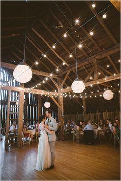 barn wedding venue | romantic lighting ideas | string lighting at reception | #weddingchicks